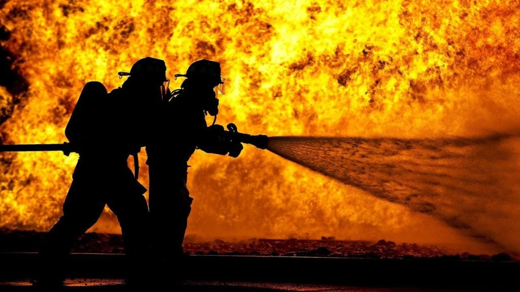 Photo of firefighters battling blaze (Photo: MGN Online)