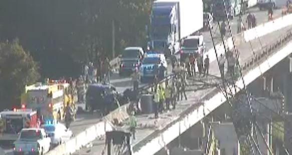 crane falls onto I-10 West before Henderson