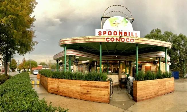 Spoonbill Watering Hole & Restaurant (PHOTO: DEVELOPING LAFAYETTE)