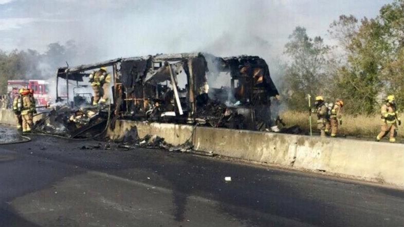 I-10-vehicle-fire-Louisiana-State-Police