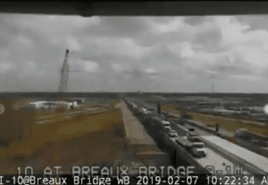 I-10-West-lane-blocked-Breaux-Bridge